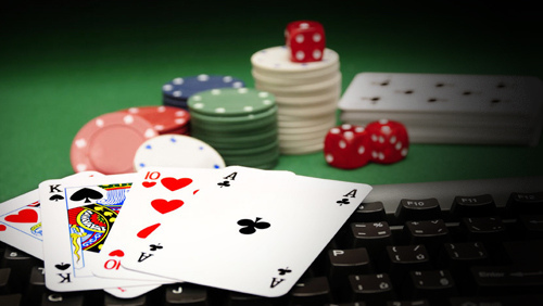 Smart Tips To Choose The Right And The Best Poker Site Online